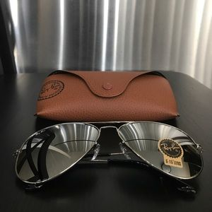 Authentic New Unisex RayBan Aviator Sunglasses
